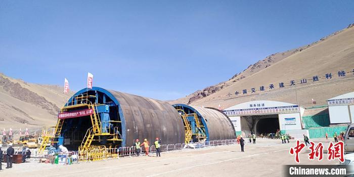 中国交建新疆乌尉公路项目天山胜利隧道正式复产复工