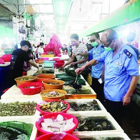 集美区组织开展小龙虾专项检查 共抽检8个批次